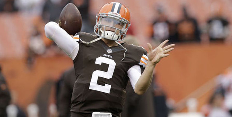 Johnny Manziel's Issues Apology